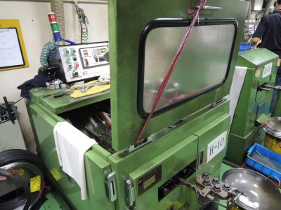 Gwo Ling M3.5x28 used heading machine